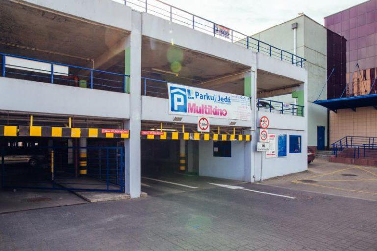 Parking P+R METRO IMIELIN
