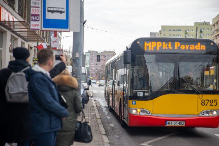 Mobilny Punkt Poradnictwa ponownie na ulicach Warszawy