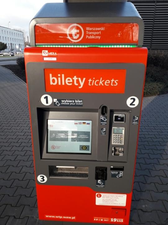 zdjęcie automatu biletowego firmy MERA