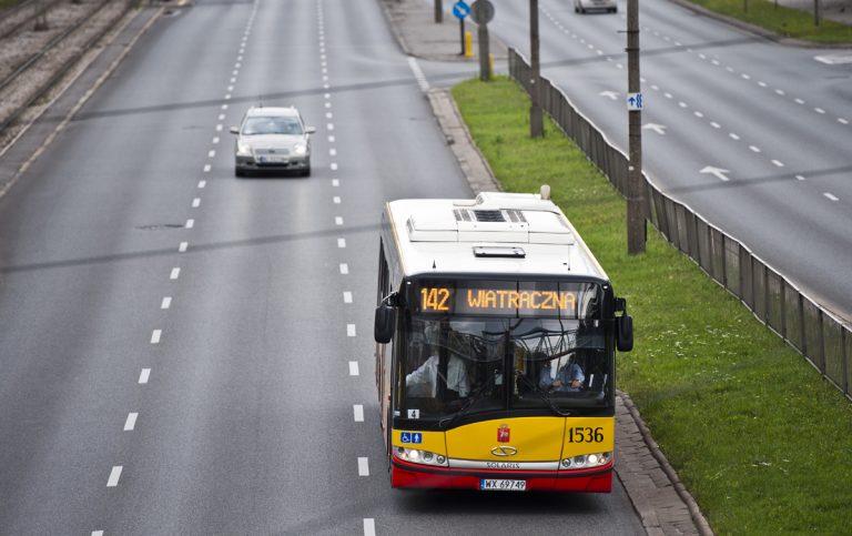 Nowy asfalt na rondzie w Wawrze