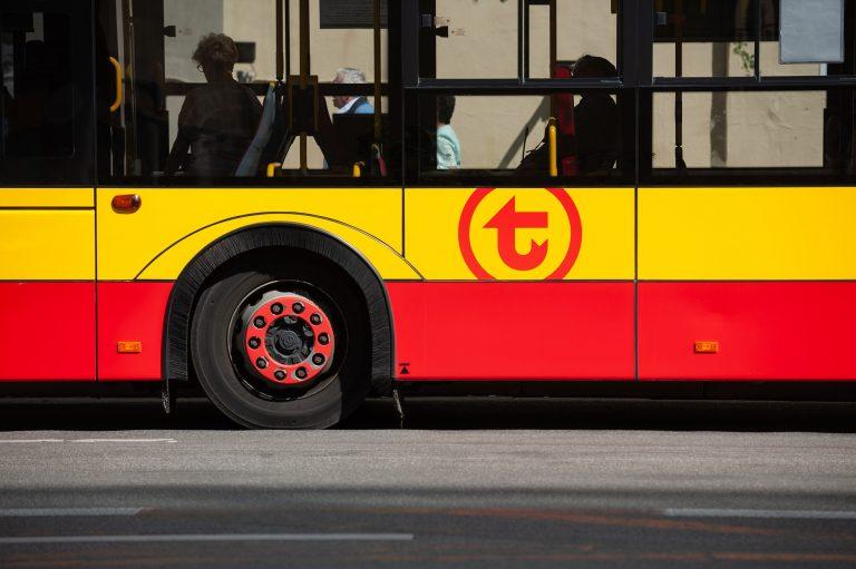 Zawieszamy kursowanie autobusów linii szkolnych