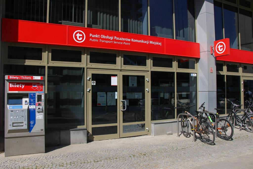 Punkt Obsługi Pasażerów ZTM przy ul. Żelaznej 61