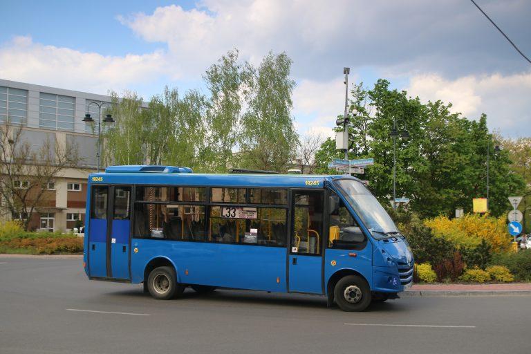 Prace drogowe w Legionowie – zmiany tras autobusów 736 i L33