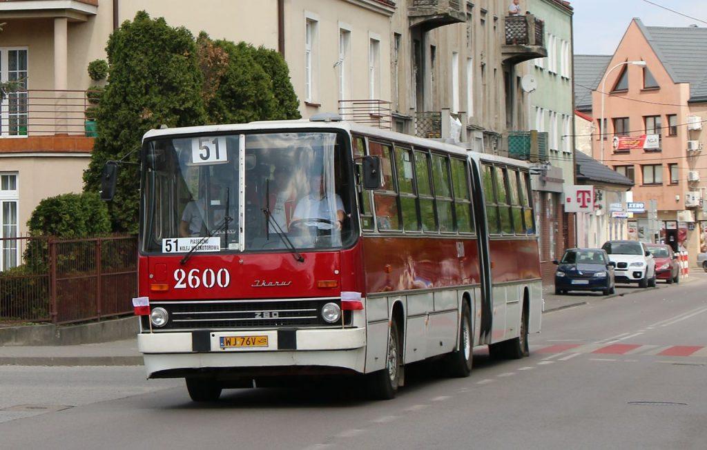 Zdjęcie autobusu ikarus na linii 51 - WLT