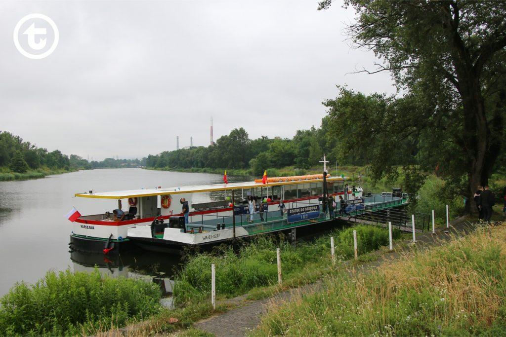 Statek Zefir