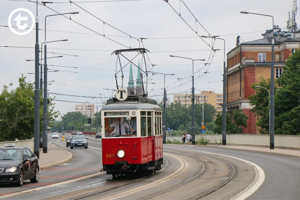 Tram type N on the route T
