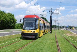 zdjęcie tramwaju na nowym odcinku torowiska na Winnicy