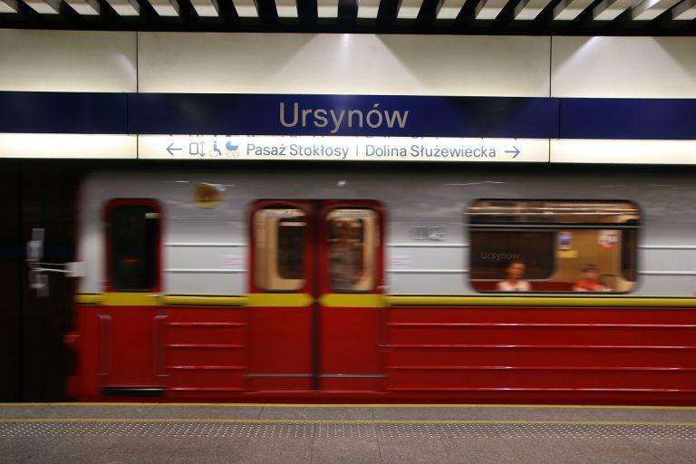 W weekend metro M1 na krótszej trasie